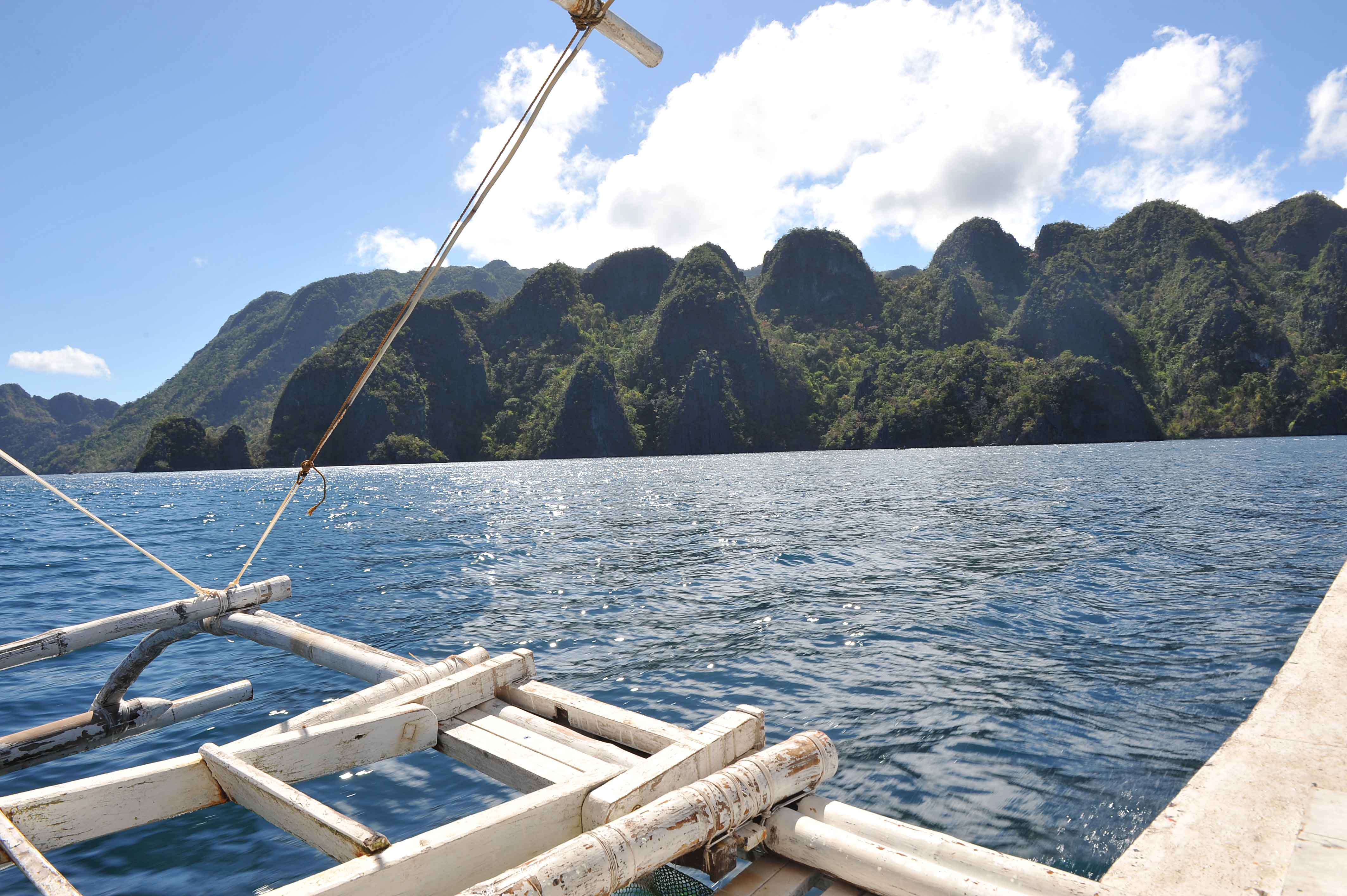 Island hopping in Coron-Philipines